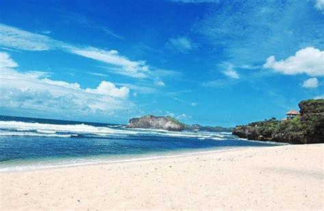 tempat wisata pantai terbaik  jogja diykamera