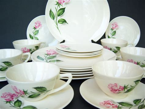 simply shabby chic chateaux 16 pc dinnerware set top 28 shabby chic dinner set vintage shabby chic dinnerware plate dish set by simply