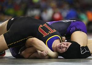 Girls Wrestling: Puyallup's Bartelson pins her way into ...