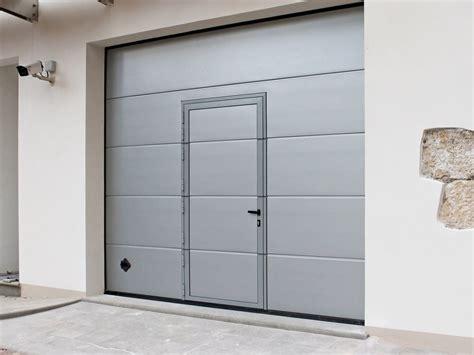 porta sezionale garage portone per garage con porta pedonale per transito rapido