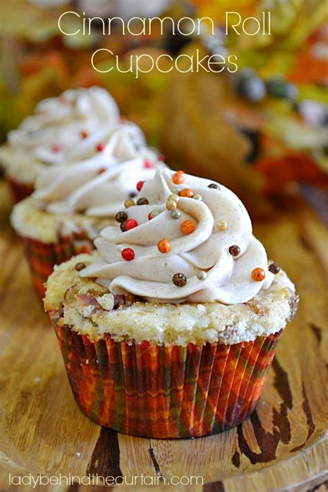 easy cinnamon roll cupcake recipe cinnamon roll cupcakes somewhat simple