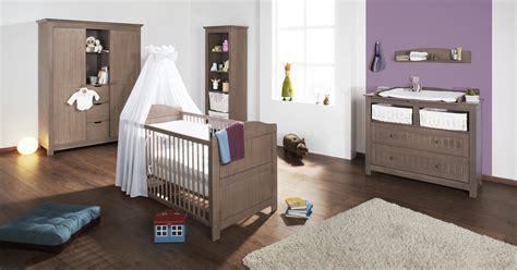 stunning chambre bebe en bois massif ideas antoniogarcia