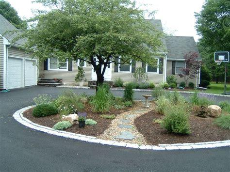 circular driveway landscaping top 28 circular driveway landscaping circular driveway with small fountain outdoor garden