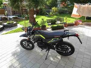 125ccm Motorrad Supermoto : hyosung aqilla gv125 v mit wenig km bestes angebot von ~ Kayakingforconservation.com Haus und Dekorationen