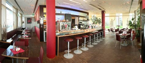 home cafe remisenhof simony st 252 berl cafe pub le bureau