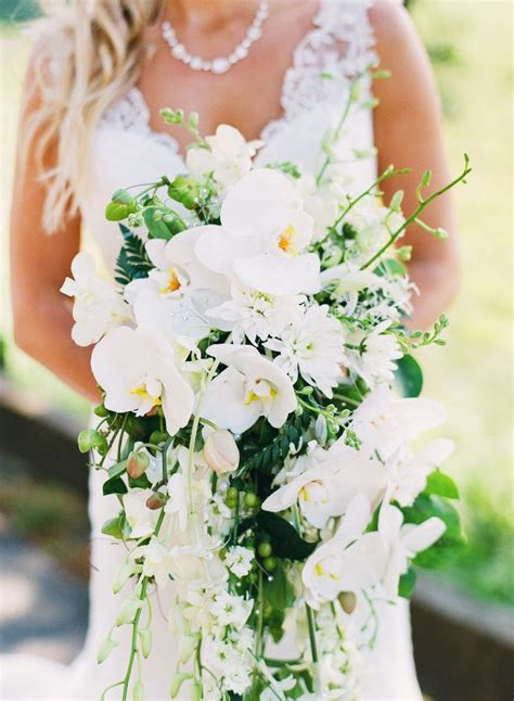 images  peony bouquets  pinterest white
