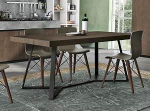 Cucine lube cucine lube tavoli e sedie ispirazioni for Sedie per cucine lube