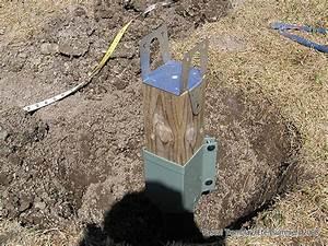 Fabriquer Une Serre En Bois : construire une serre en bois serre recouverte de plastique ~ Melissatoandfro.com Idées de Décoration
