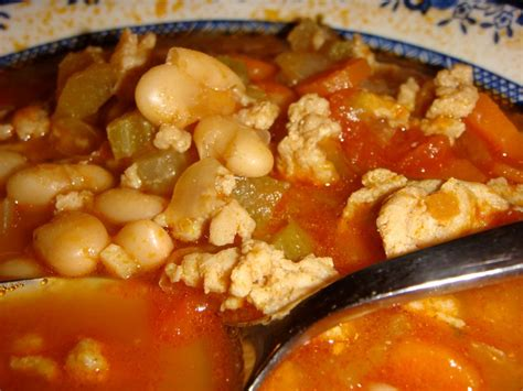 chicken tomatillo chili tomatillo chicken chili recipe by laura cookeatshare