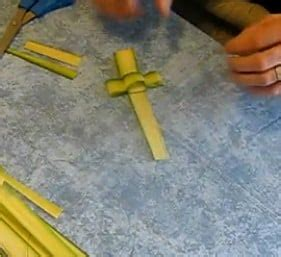 palm sunday frond cross video instructions