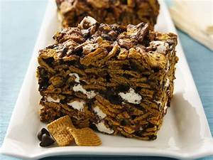 Golden Grahams™ S'mores recipe from Betty Crocker