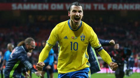 Livestream, news, videos, aufstellung, ticker und ergebnisse nach dem spiel. Doppelpack bei EM-Play-offs: Ibrahimovic ballert Schweden zur EM - Fussball - Bild.de