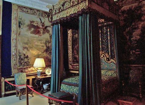 queen elizabeths bedroom burghley  len williams cc  sa geograph britain  ireland