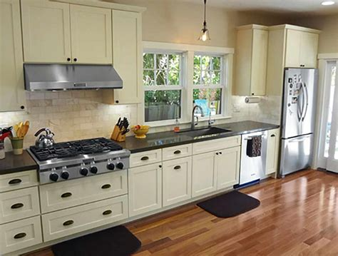shaker style kitchen cabinets home depot shaker cabinet doors home depot shaker cabinets ikea what