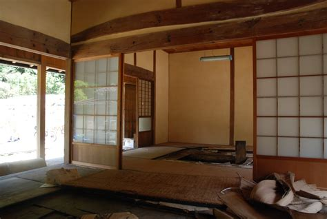 maison ancienne traditionnelle japonaise  la campagne