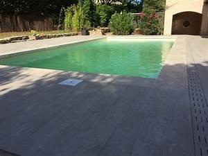 terrasse margelles de travertin carreau imitation parquet With carreau piscine