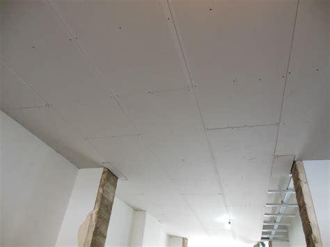plafond plaque de platre sur ossature metallique 28