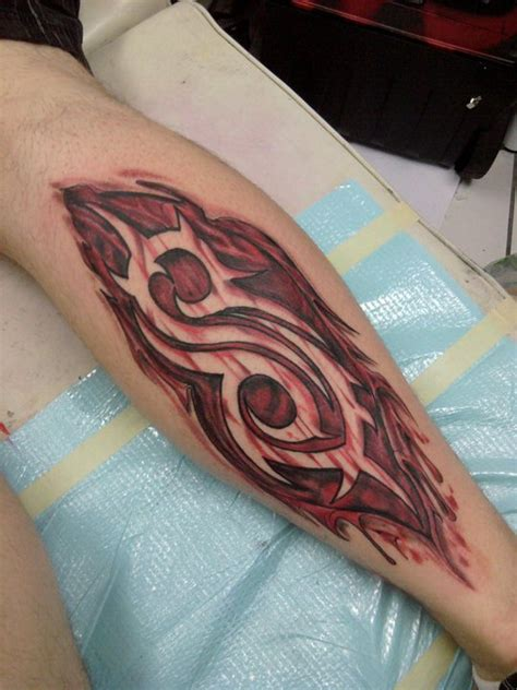 amazing burning slipknot logo tattoo   leg