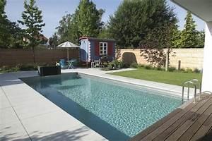 Garten Pool Ideen : garten mit pool modern ~ Whattoseeinmadrid.com Haus und Dekorationen
