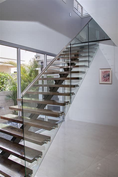 Treppenstufen Aus Glas by Stairs And Balustarde Railings Stair Glass Donegal Glass