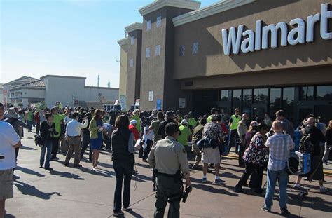 walmart flickr angeles los protest paramount truckers forever21 strike colorlines