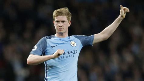 Manchester City's Kevin de Bruyne close to new long-term ...