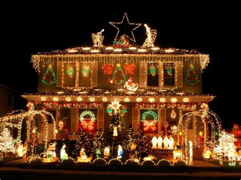 most spectacular over the top christmas light displays