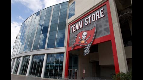 checking    tampa bay buccaneers team store