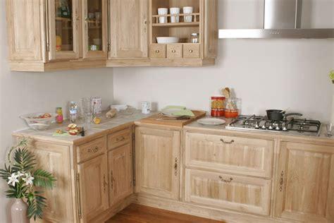 modele de cuisine rustique cuisine équipée rustique modèle traditionnel nature brut