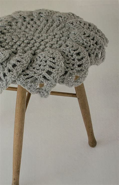 vintage ottomans for 88 best images about crochet covered footstools on 6854