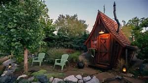 douce cahute maisons a travers le monde With maison toit de chaume 10 petite maison malgache en bois de palissandre