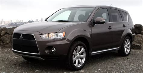 Mitsubishi Outlander Owners Manual by 2011 Mitsubishi Outlander Owners Manual Owners Manual Usa