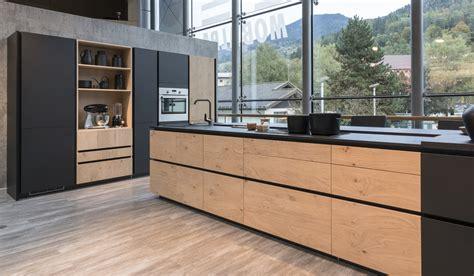 cuisine moderne bois clair cuisine equipee bois brut maison moderne