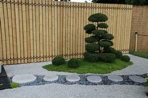 amenagement jardin exterieur avec galets objet deco jardin With amenagement jardin avec galets