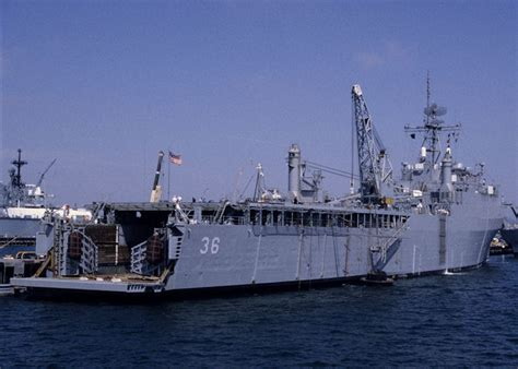 Ship Sinking Pictures by Ship Photos Uss Anchorage Lsd36
