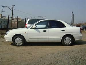 2001 Daewoo Nubira - Information And Photos