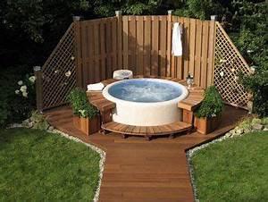 Deco Piscine Hors Sol : am nagement d co pour une piscine hors sol jardin joli piscine piscine hors sol et jacuzzi ~ Melissatoandfro.com Idées de Décoration