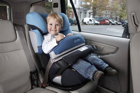 bébé confort siège auto axiss bestnoten für cybex kindersitze im test 39 39 auto bild