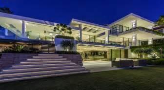 contemporary kitchen interiors luxury home burraneer bay nautilus house burraneer bay