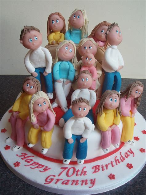 granny  grandchildren  birthday cake