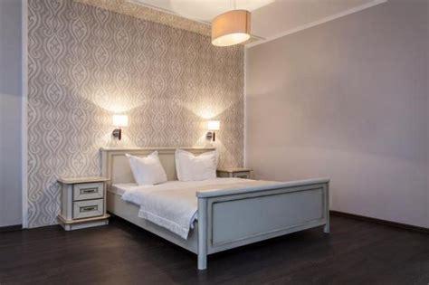 stencil per da letto decorare con lo stencil la da letto la sta