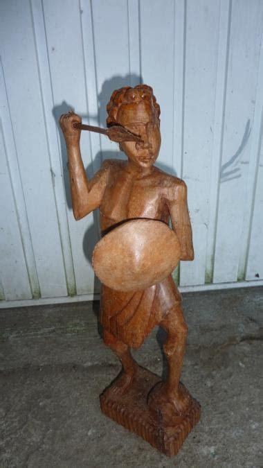 troc echange statue de guerrier madagascar sur troc com