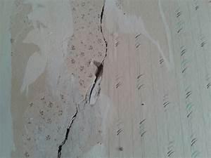 Risse Zwischen Wand Und Decke Reparieren : risse in der decke die sch nsten einrichtungsideen ~ Lizthompson.info Haus und Dekorationen
