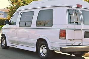 1995 Ford Econoline 150 Bubble