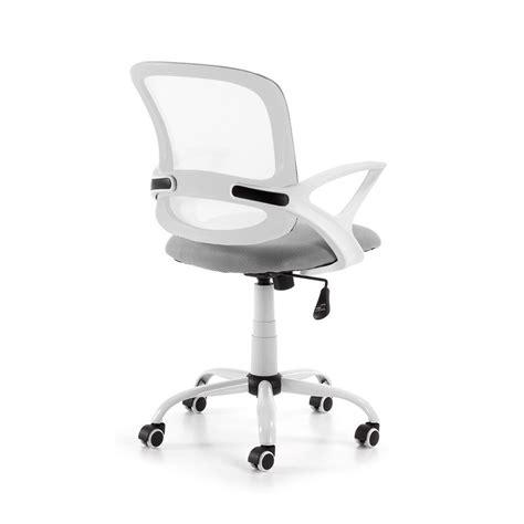 chaise bureau roulettes chaise de bureau pivotante et à roulettes tangier par
