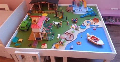 Kinderzimmer Gestalten Playmobil by Une Table De Jeu Playmobil Avec Lack Kinderzimmer