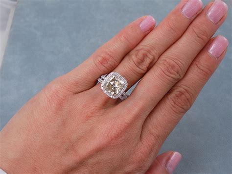 4 37 ctw cushion cut wedding ring chagne si1 includes a matching wedding ring