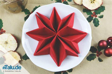 weihnachtliche servietten falten anleitung servietten falten f 252 r weihnachten sterne engel co talu de