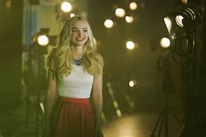 "Disney Channel Offers First Look At Final ""Liv And Maddie ..."