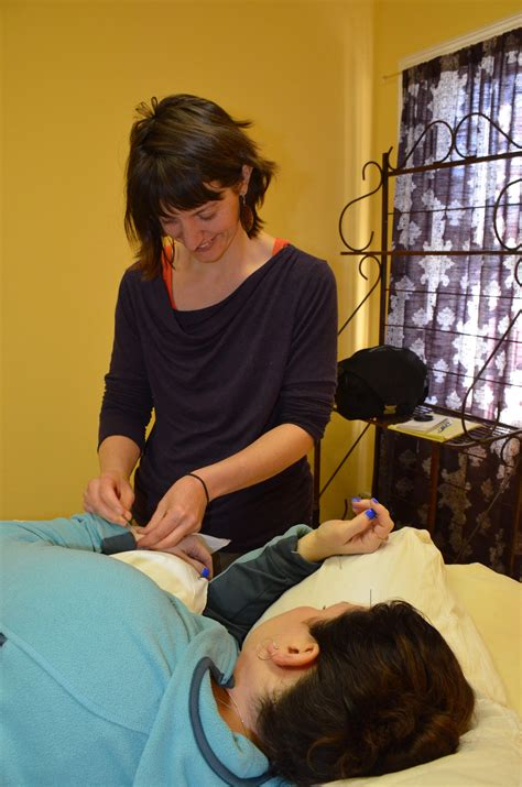 teaching  body  heal   acupuncture